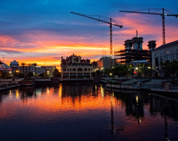 Dropbox-sunrise_cranes_Brooking2015
